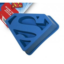 MOULE A GATEAU SUPERMAN
