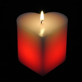 Bougie d'ambiance coeur LED rouge