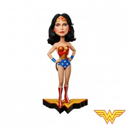 Figurine wonder woman